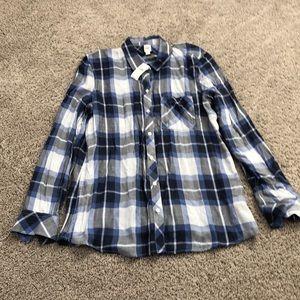 Gap button-up flannel shirt